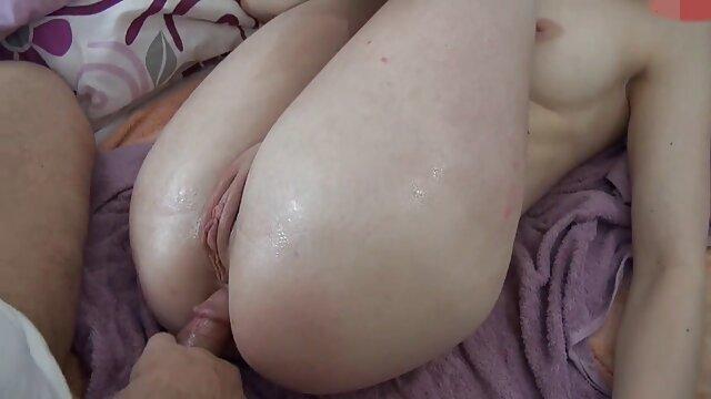 Nena videos de xxx en español tetas grandes pechos acariciando gran polla pov perrito apretado coño