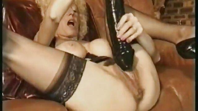 Kelly Leigh es una madura anal peliculas de incesto español caliente