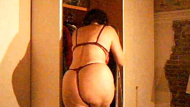 Hija obtiene sexo lésbico con buen porno español madres maduras