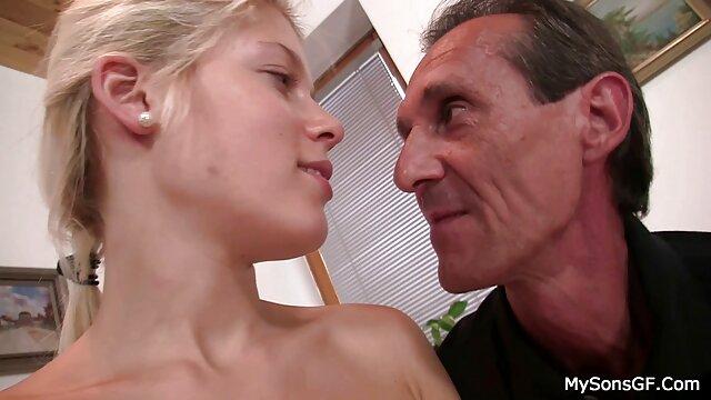 Adolescente flaca tiene una apasionada sesión de sexo anal peliculas porno en español latino con su hombre