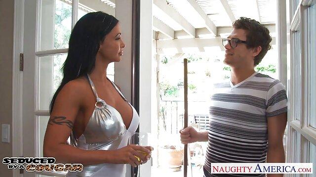 Madura infiel en el hotel xxx hentay en español con amante
