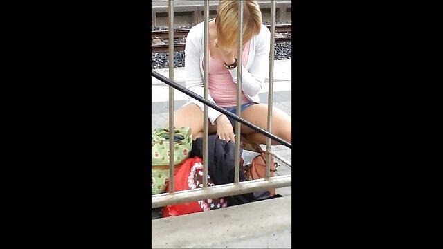 Chicas lindas se masturba en videos potno en español un estacionamiento