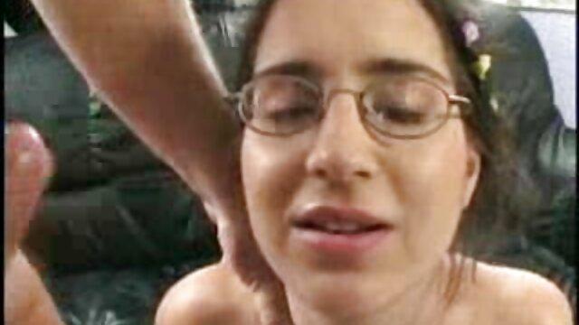 Mamás pornoo español maduras teniendo sexo con hijos afortunados