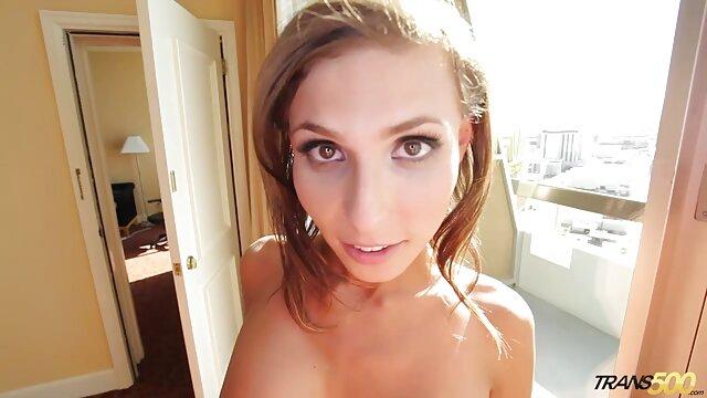 Hermosa latina milf burbuja culo en spandex videos de jovencitas españolas