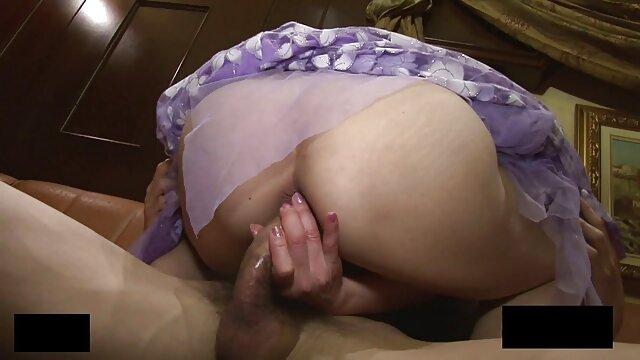Leyla Peachbloom en una escena hentay subtitulado español anal profunda de Ass Traffic